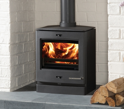 Yeoman-CL5-5kW-multi-fuel-stove